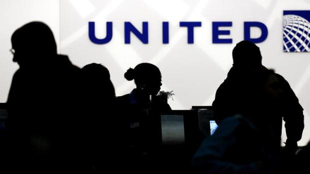 united-airlines-fined