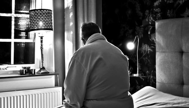 loneliness-covid-19-pandemic-older-adults-isolation_1600